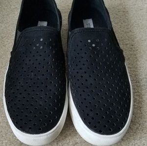 Steve Madden Suede Preforated Slip On Sneakers